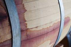 Закройте вверх бочонка древесины красного вина Стоковое фото RF