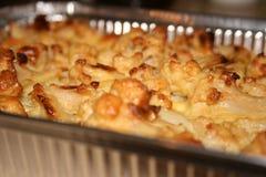 Закройте вверх вкусного пирога цветной капусты в подносе выпечки Стоковое Фото