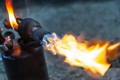 Закройте вверх газовой горелки аппаратуры стоковое изображение