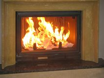 Закройте вверх горящего камина дома Стоковое фото RF