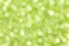 Закройте вверх естественной зеленой запачканной предпосылки стоковые фотографии rf