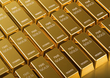 Закройте вверх золота в слитках Стоковое Изображение