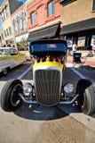 Закройте вверх классического автомобиля на событии выставки автомобиля стоковое изображение rf