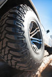 Закройте вверх колеса сплава автомобиля оправ Стоковые Изображения