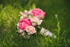 закройте вверх красивого bridal букета Стоковые Изображения