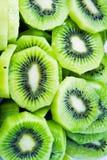 Закройте вверх красивой предпосылки кусков плодоовощ кивиа Стоковое Фото