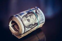 Закройте вверх крена доллара с диапазоном Стоковое Изображение RF