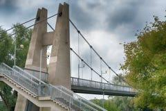 Закройте вверх моста остали кабелем, который стоковое фото rf