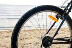 Закройте вверх на колесе велосипеда. Стоковые Изображения