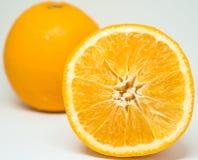 Закройте вверх на свежем апельсине куска Стоковое фото RF