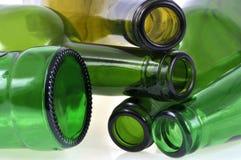 Закройте вверх на стеклянных бутылках стоковые фотографии rf