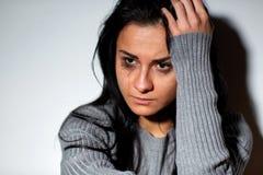 Закройте вверх несчастной плача женщины Стоковые Фотографии RF
