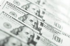 Закройте вверх по взгляду банкноты доллара Стоковые Изображения RF