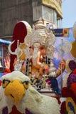 Закройте вверх по взгляду идола лорда Ganesha, Tulshibaug Mandal, Пуны, махарастры, Индии стоковое изображение rf