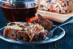 Закройте вверх по взгляду торта свежих фруктов, традиционному stollen Стоковое Изображение RF