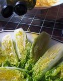 Одевать салат с оливковым маслом Стоковые Изображения RF