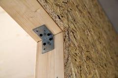 Закройте вверх по детали элементов стены конструкции дома деревянных Inte Стоковые Фотографии RF