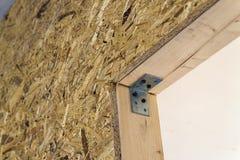 Закройте вверх по детали элементов стены конструкции дома деревянных Inte Стоковое фото RF