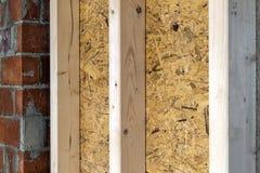 Закройте вверх по детали элементов стены конструкции дома деревянных Inte Стоковые Изображения