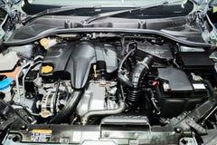 Закройте вверх по детали нового двигателя автомобиля Очистите новый двигатель автомобиля Стоковое Изображение