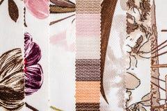 Закройте вверх по детали Multi образцов текстуры ткани цвета Стоковое фото RF