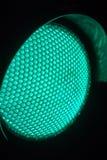 Закройте вверх по зеленым светофорам на ноче стоковые изображения rf