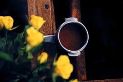 Закройте вверх по изображению профессионального нержавеющего бака кофе Стоковые Фото