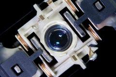 Закройте вверх по макросу Лазер возглавляет читателя оборудования системы чд-плеера стоковые изображения rf