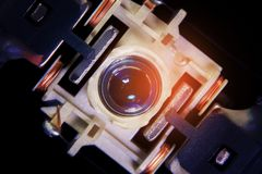 Закройте вверх по макросу Лазер возглавляет читателя оборудования системы чд-плеера стоковая фотография
