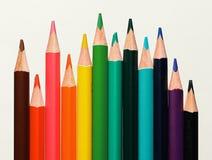Закройте вверх по макросу снятому nibs карандаша кучи карандаша цвета Стоковые Фотографии RF