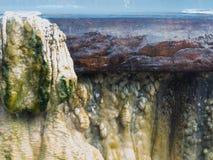 Закройте вверх по ориентир ориентиру горячих источников гейзера на общественном парке i Raksawarin Стоковое Изображение