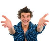 Закройте вверх по портрету человека красивой улыбки молодого счастливого показывая w Стоковая Фотография RF