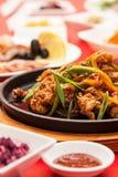 Закройте вверх по плите на таблице с съемкой мяса Стоковое фото RF