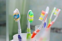 Закройте вверх по съемке зубной щетки. Стоковое фото RF