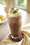 Закройте вверх по холодным шоколаду и кофе стоковые изображения rf