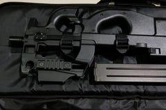 Закройте вверх по черному оружию BB с кассетой в случае Стоковые Фотографии RF