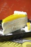 Закройте вверх по чизкейку лимона Стоковое Фото