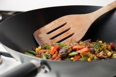 закройте вверх по wok Стоковое Изображение
