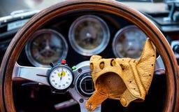 Закройте вверх рулевого колеса стоковое фото rf