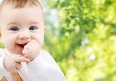 Закройте вверх сладостного маленького младенца стоковые изображения rf