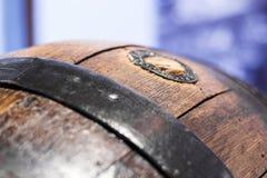 Закройте вверх старого деревянного бочонка Стоковое фото RF