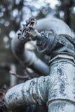 Закройте вверх старого клапана трубы, faucet воды, пуская по трубам Стоковые Изображения RF