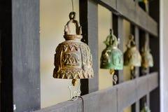 Закройте вверх старого ржавого колокола Стоковое Изображение RF