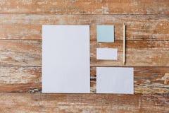 Закройте вверх тетради, карандаша и бумаг Стоковая Фотография
