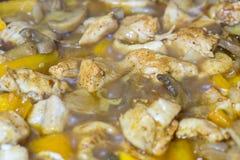 Закройте вверх тушёного мяса мяса с овощами Стоковые Фото
