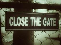 Закройте ворота стоковые фотографии rf