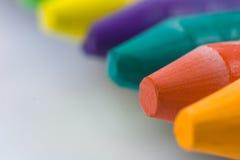 закройте crayons вверх стоковое изображение rf