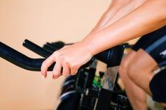 закручивать гимнастики Стоковые Фото