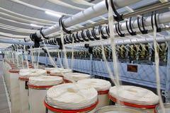 Закручивая машины и оборудование завода Стоковое Изображение RF