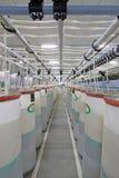 Закручивая машины и оборудование завода Стоковая Фотография RF